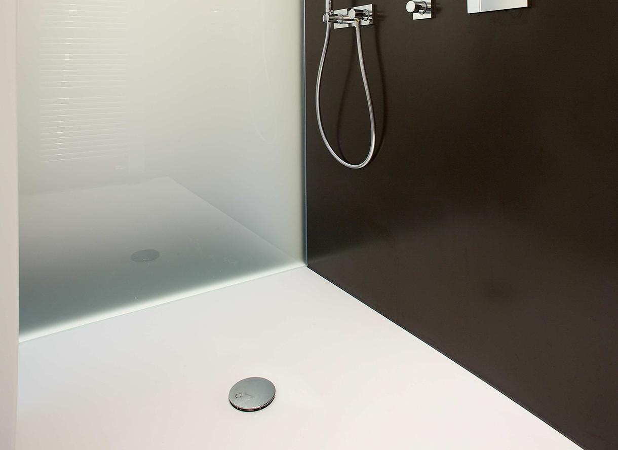vivari pfeiffer k chen von der pfeiffer gmbh co kg. Black Bedroom Furniture Sets. Home Design Ideas